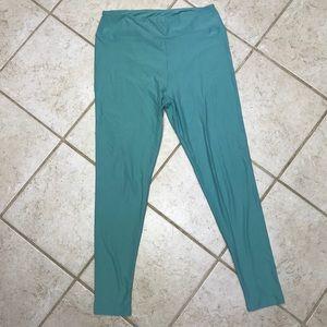 LuLaRoe light mint green tall and curvy leggings